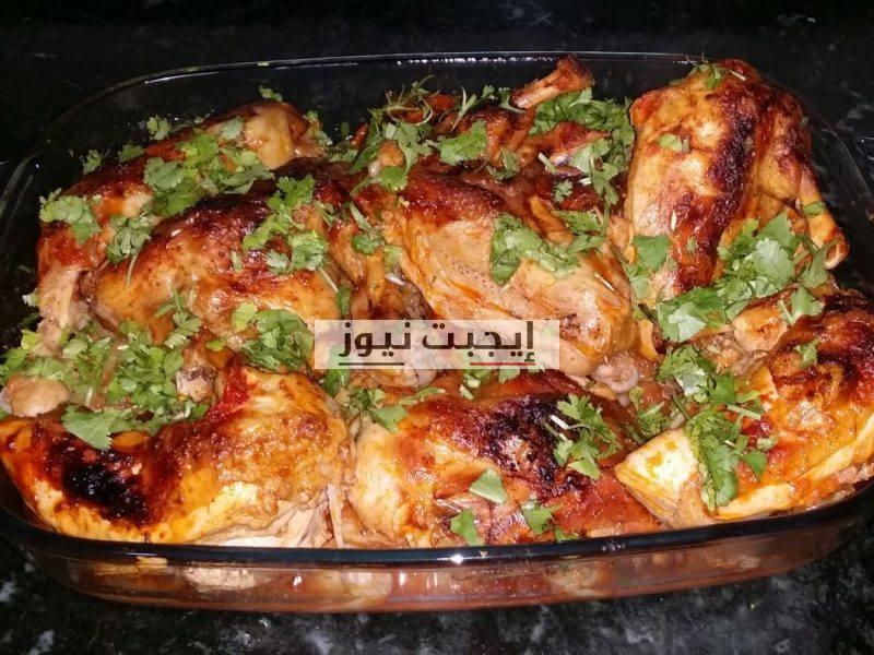 طريقة عمل الدجاج الأبيض بالصوص الأحمر في خطوتين للمبتدئين