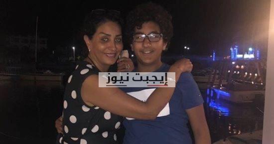 بالفيديو مقلب كوميدي في وفاء عامر من ابنها