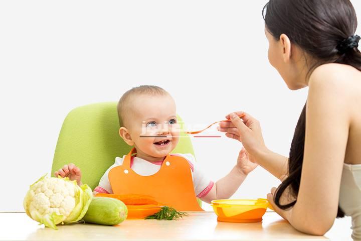 أطعمة تساعد طفلك علي النمو السليم