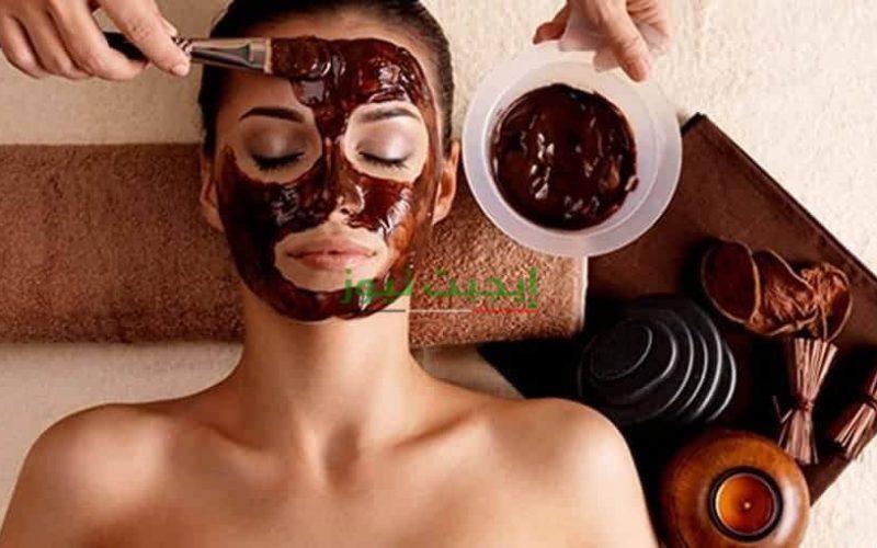 طريقة عمل ماسك القهوة والكاكاو لعلاج البشرة المتضررة