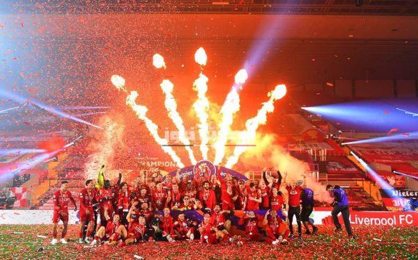 احتفال ليفربول بالدوري الإنجليزي