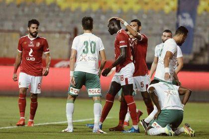 الأهلي يخطف فوز سهل من المصري البورسعيدي