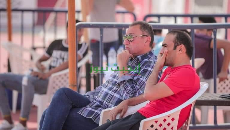 الخطيب يحضر مران الأهلي للإطمئنان على الفريق