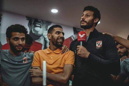 محمد الشناوي يتمنى الشفاء العاجل لمؤمن زكريا
