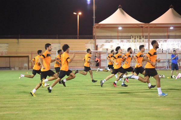 مواعيد مباريات الدوري السعودي اليوم السبت والقنوات الناقلة