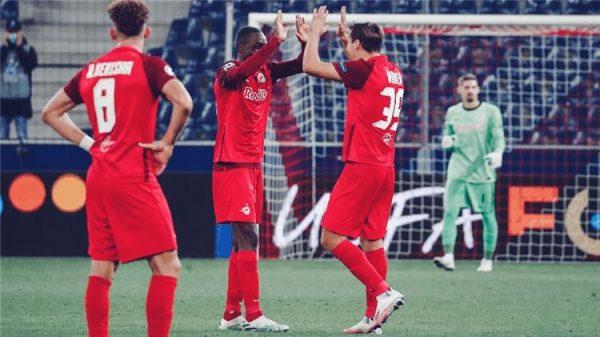 نتيجة الشوط الأول مباراة ريد بول سالزبورج ولوكوموتيف دوري أبطال أوروبا