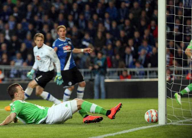 نتيجة مباراة فولفسبورج وأرمينيا بيليفيلد اليوم الأحد 25-10-2020 الدوري الألماني