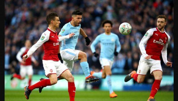 تشكيلة مباراة مانشستر سيتي وأرسنال وأجويرو أساسيًا
