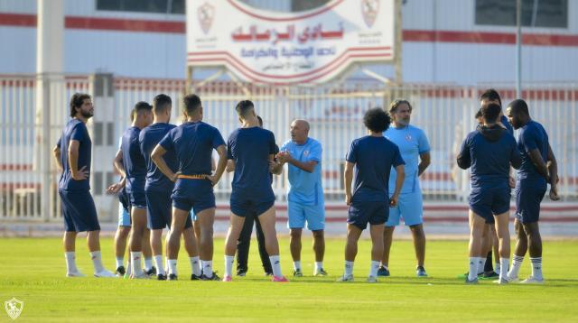 تفاصيل جلسة باتشيكو مع لاعبي الزمالك استعدادًا للمقاولون العرب