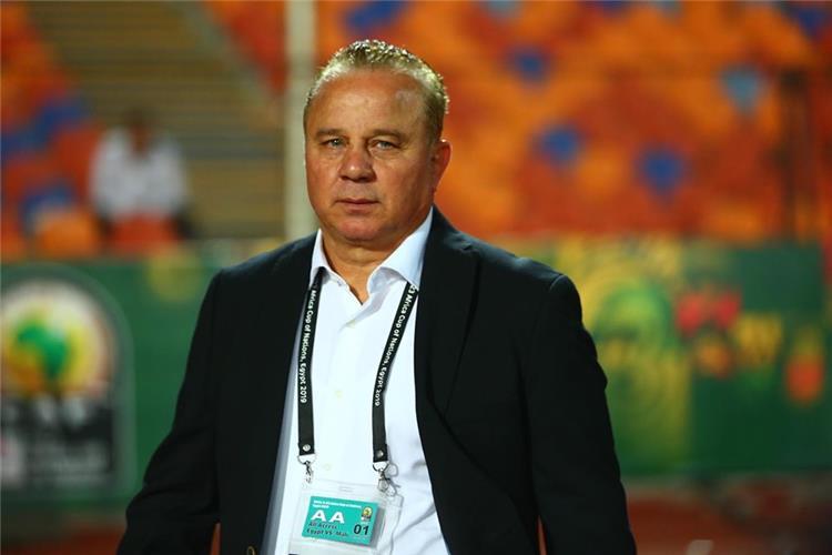 شوقي غريب: استمرار الدوري حافظ على أداء اللاعبين