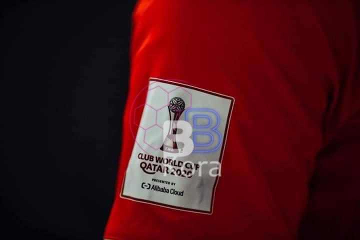 """الاتحاد الدولي """"فيفا"""" يعلن طاقم تحكيم مباراة الأهلي والدحيل"""