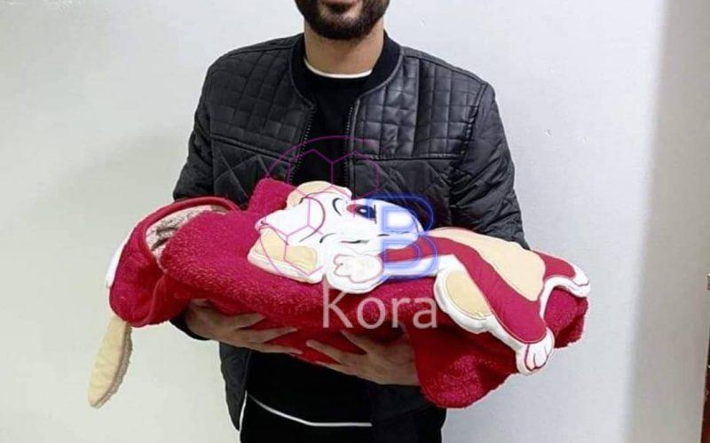 بالصورة لاعب الأهلي يرزق بمولود جديد