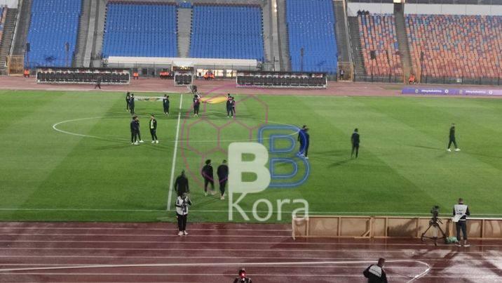 الزمالك يعاين أرضية ملعب استاد القاهرة