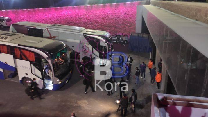 حافلة الزمالك تصل لملعب ستاد القاهرة لمواجهة المقاولون العرب